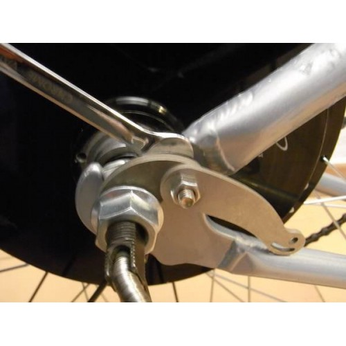 Example of Mounting a motor Torque arm rh205s
